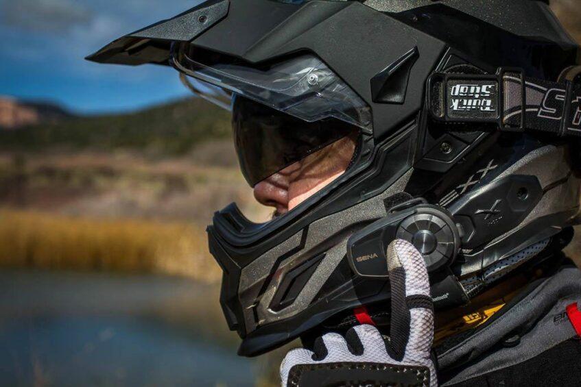 Sena-10s-bluetooth-motorcycle-intercom-2-1024×683
