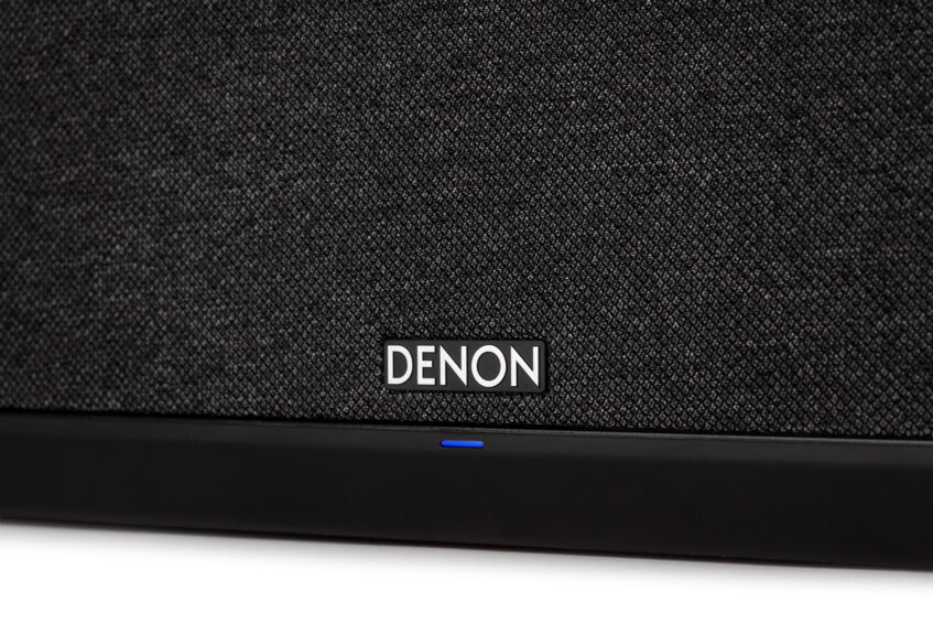 Denon_Home_350_Black_Detail_Studio_004_Web