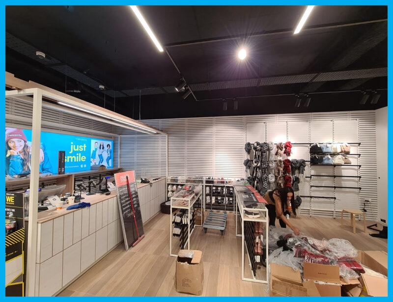 Terranova Store. Commercial audio